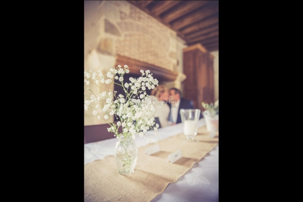 photo-effet-flou-bisous-maries-pour-la-vie-maggy-photographies